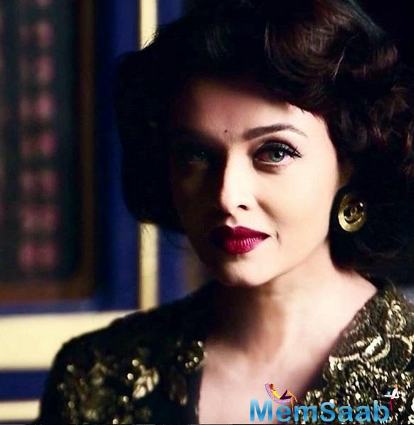 Gorgeous And Royal Aishwarya Cover Shoot Of Conde Nast Traveller's October Issu