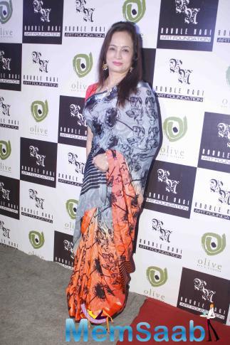 Smita Thackeray In Saree Beautiful Look At Rouble Nagi Art Exhibition 2015