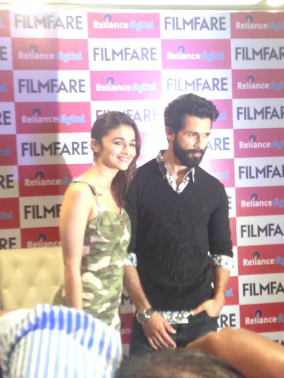 Alia Bhatt And Shahid Kapoor Clicked For Photographer At The Launch Of Filmfare Shaandaar Cover