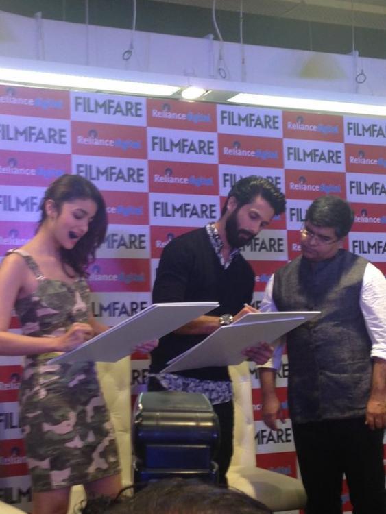 Alia Bhatt And Shahid Kapoor Unveil The Latest Cover Of Filmfare