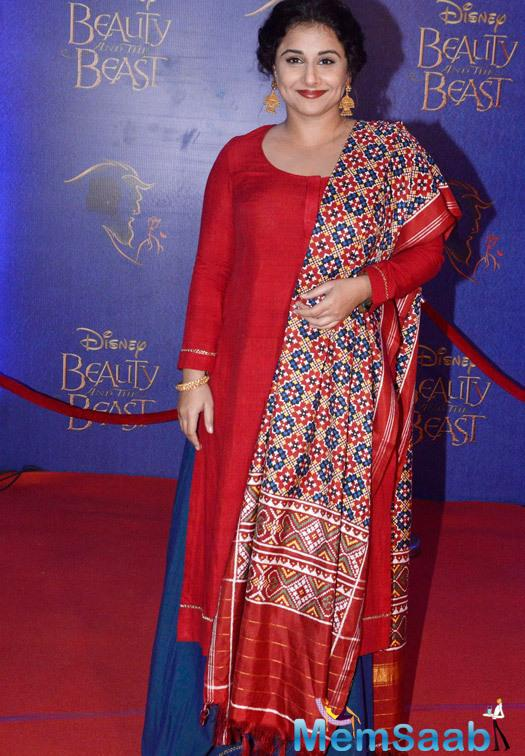 Vidya Balan In Red Dress Gorgeous Look At The Disney Beauty And The Beast Red Carpet