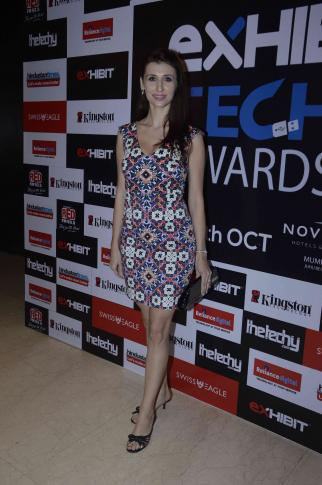 Claudia Ciesla Posed For Photographers At Exhibit Tech Awards