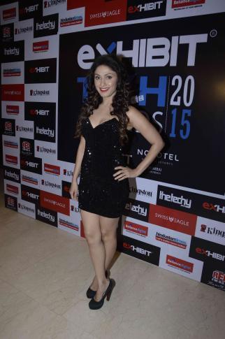 Manjari Phadnis In Black Dress Sexy Look At Exhibit Tech Awards