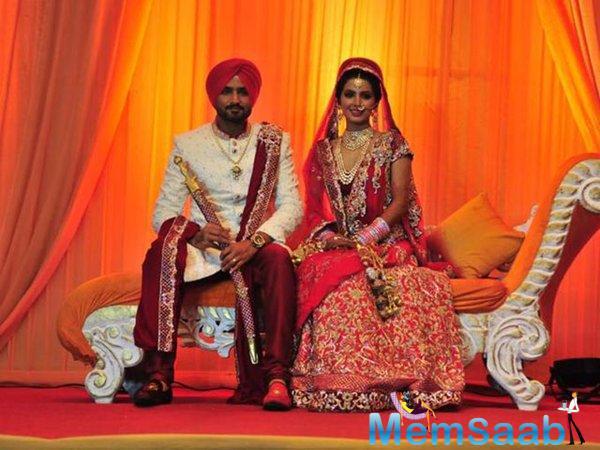 Beautiful Couple Harbhajan And Geeta Pose For Camera