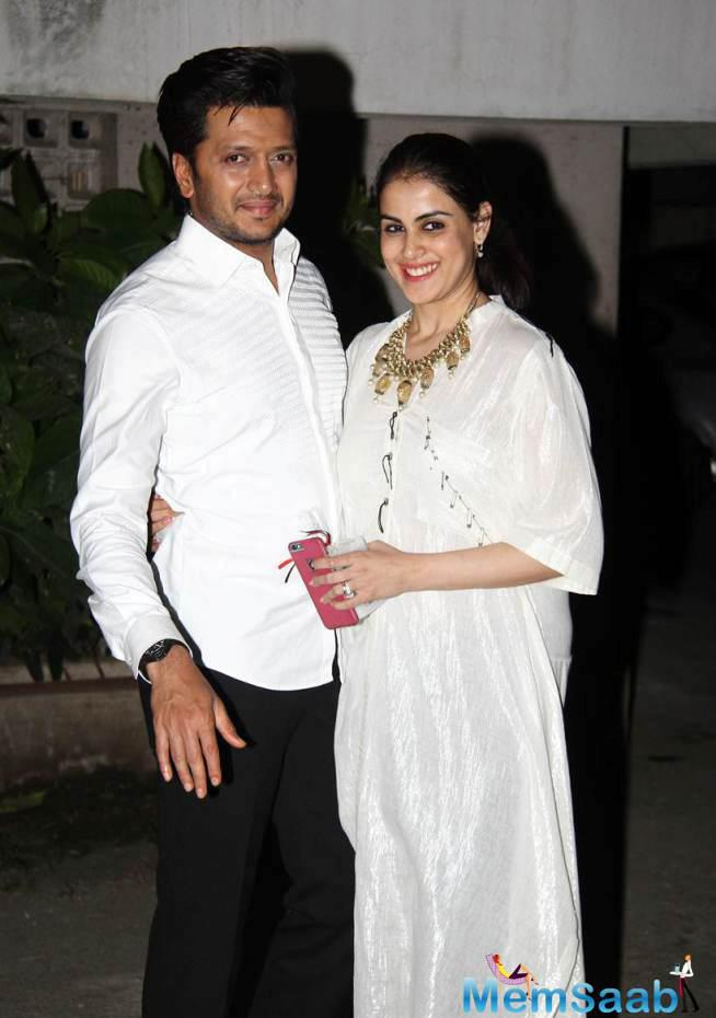 Riteish Deshmukh And Genelia D'Souza Were Also Spotted At The Diwali Party