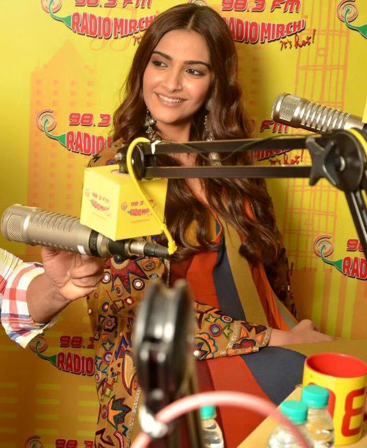 Sonam Kapoor Looking Very Beautiful During The PRDP Promotion