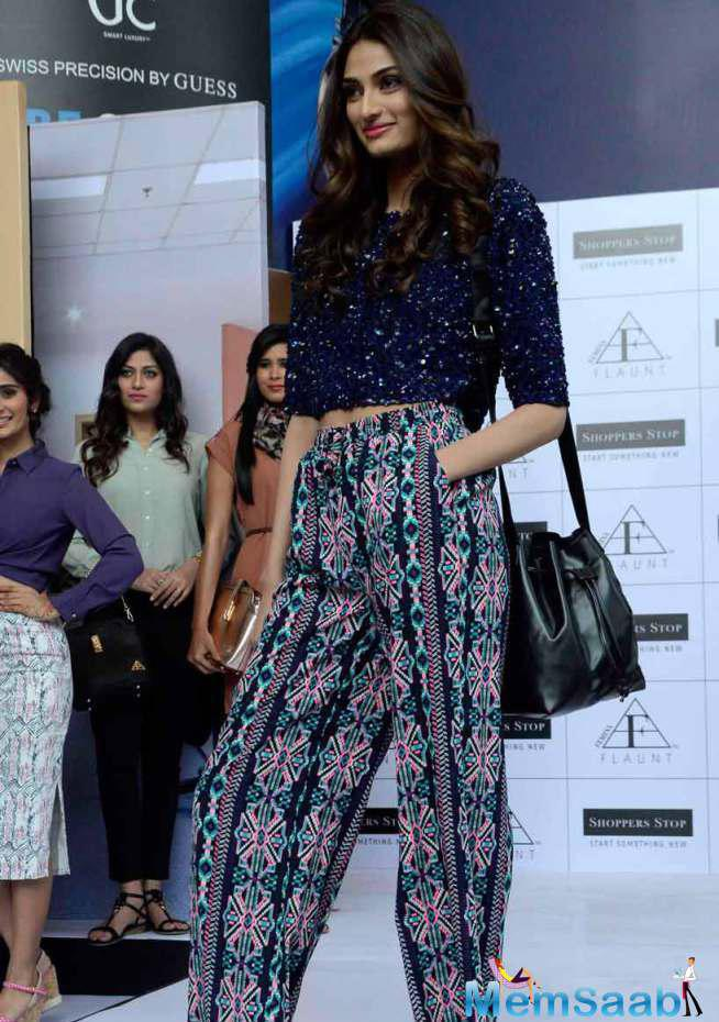 Athiya Shetty Walked The Ramp For A Fashion Brand In The City