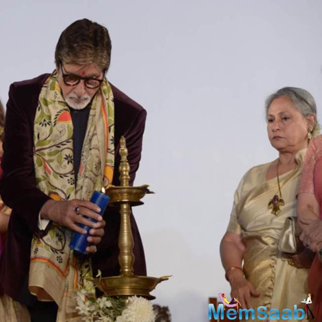 Amitabh Lights Up The Lamp, Jaya Looks On During 21st  Kolkata Film Fest