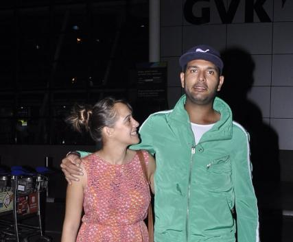 Newly Engaged Couple Yuvi And Hazel Clicked At Mumbai Airport