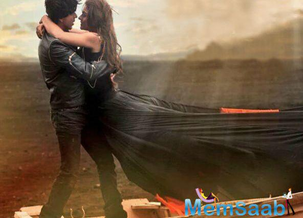 Dilwale's Romantic Song Gerua Become The Love Anthem Of The Year