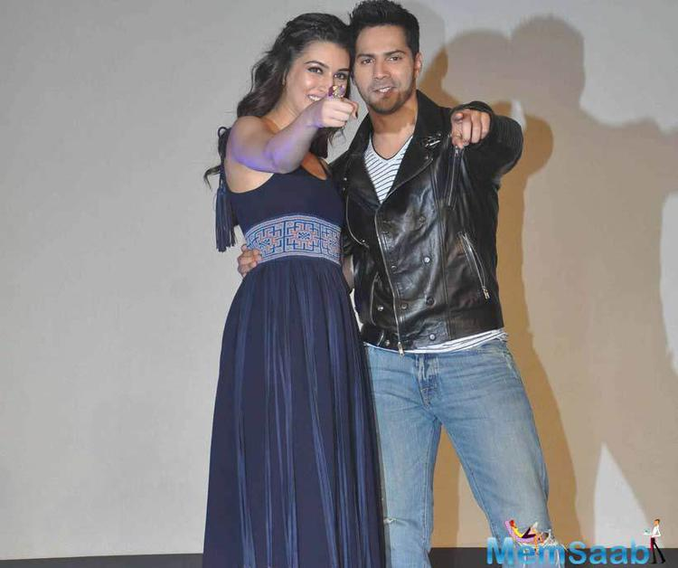Kriti And Varun Spotted To Promote Gerua Song With Their Team