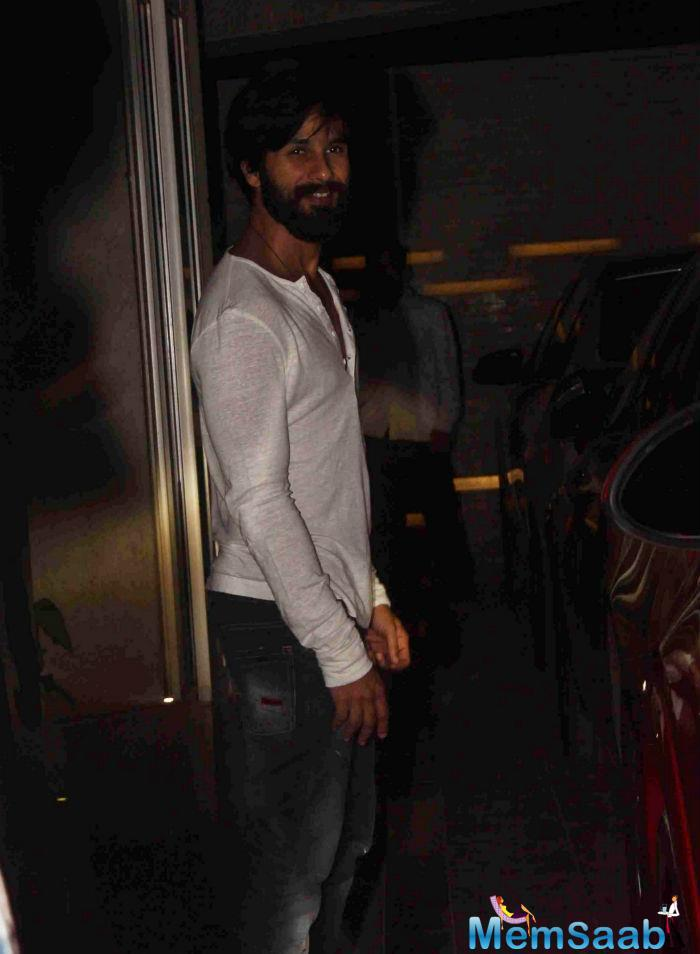 Shahid Kapoor Charmed The Evening In His Classy Look