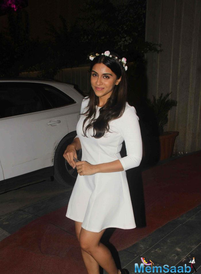 Zoa Morani Simple Look During Masaba's Pre Wedding Bash