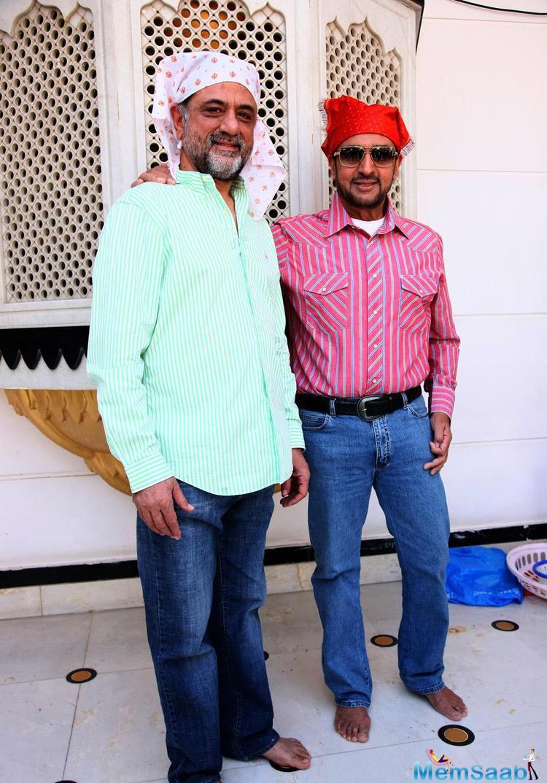 Harry Baweja And Gulshan Grover Posed At Nanak Naam Jahaz Hai Poster Launch