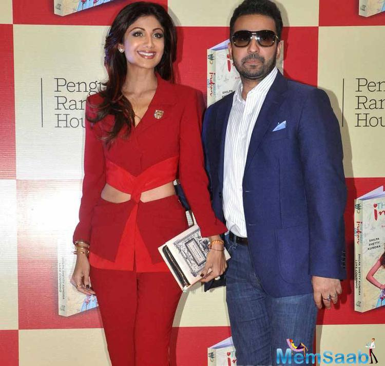 Shilpa And Raj Launched The Book Of  The Great Indian Diet