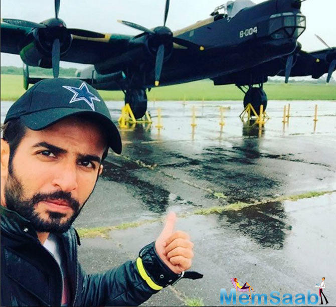 Jay Pose With A Jet  In Argentina During His KKK 7