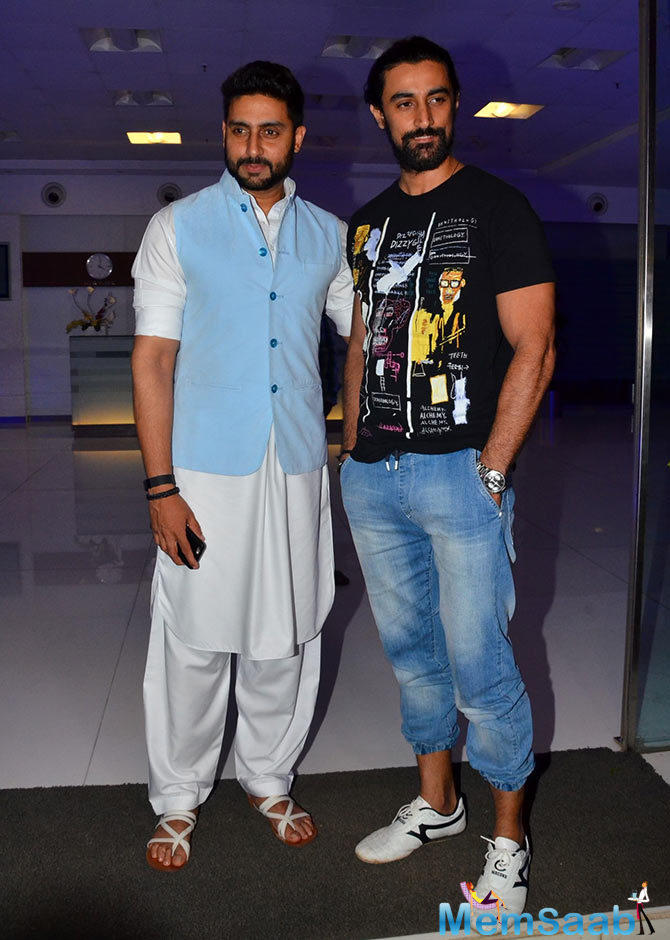 Abhishek With Brother-In-Law Kunal Kapoor At Sajid's Birthday Bash
