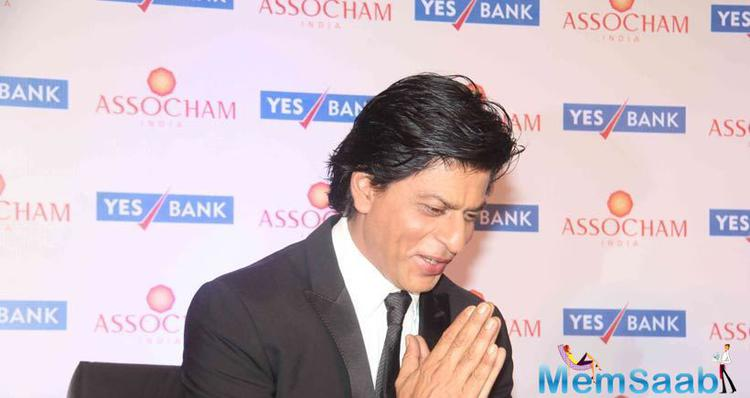 Shah Rukh Khan Greeted The Audience In Desi Style