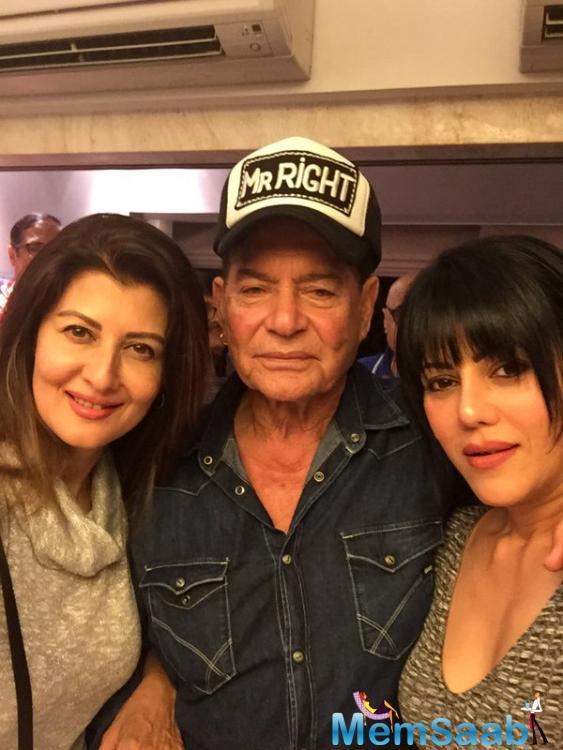 Salim Khan Pose With Salman's Ex Girlfriend Sangeeta During B'day Bash