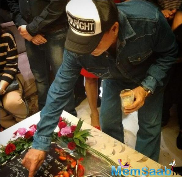 Salim Khan Turned 80, And His Son Salman Hosted A Party For Him