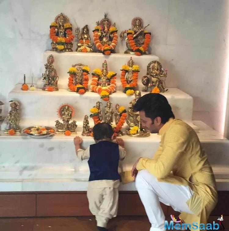 Riaan Seeked Blessings On Diwali