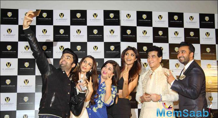 Manish Clicked A Group Selfie During The Event