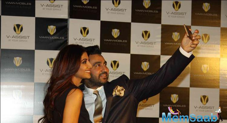 Shilpa And Raj Captured A Moment Of Their Own During Launch Event