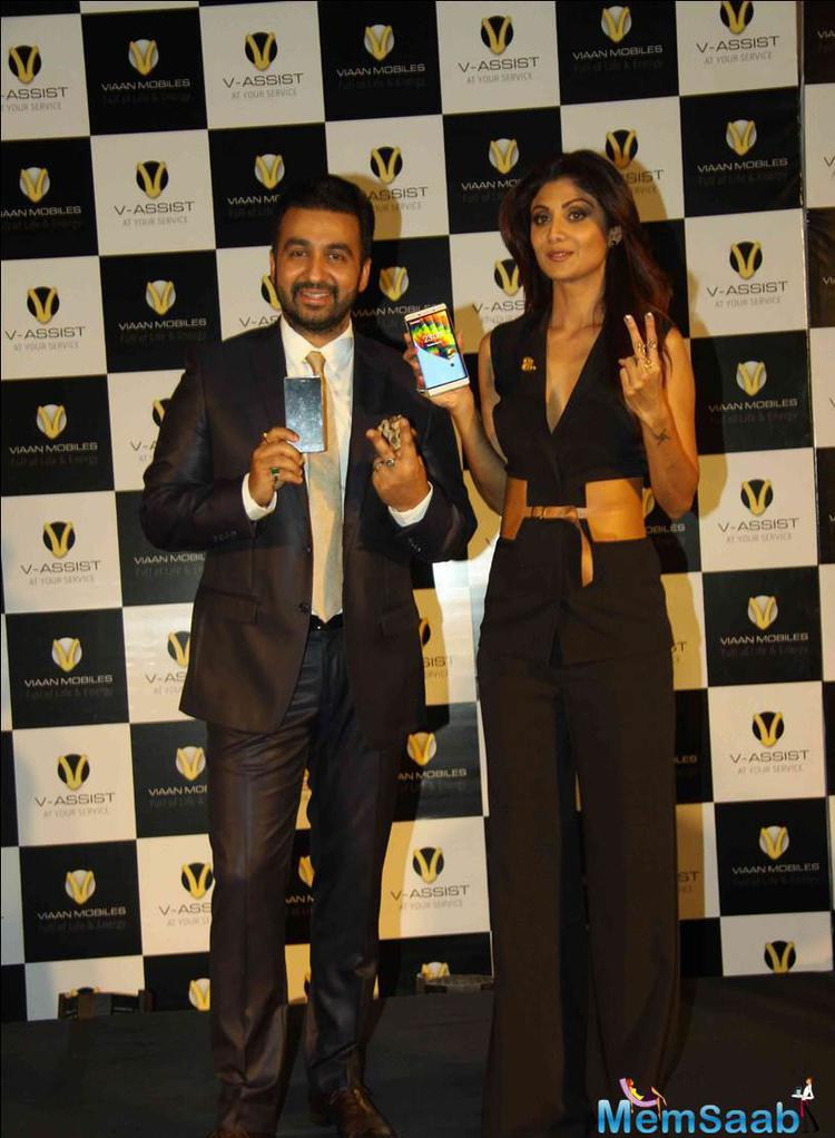 Shilpa And Raj Launched A New Smartphone Viaan Mobiles