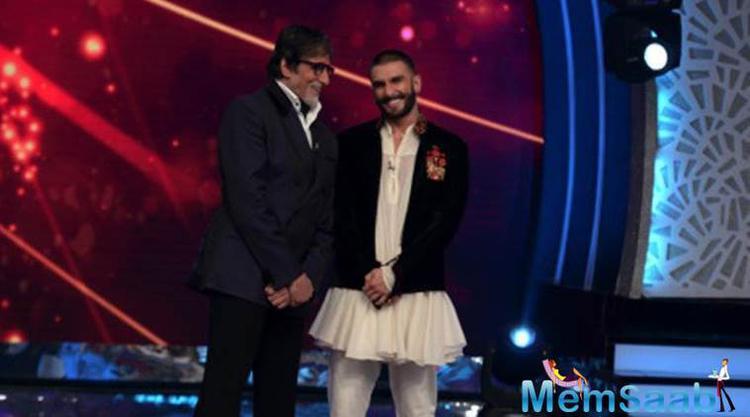 Big B In Fun Mood With Ranveer Singh On The Sets Of His Show Aaj Ki Raat Hai Zindagi