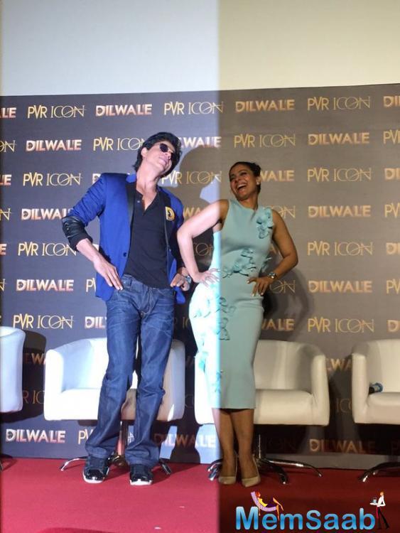 SRK And Kajol Devgan Shakes Their Legs During The Launch Of Manma Emotion Jaage Song