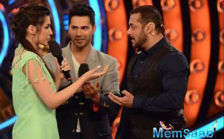 Salman Khan Enjoyed Dance Moves With Varun And Kriti On His Show