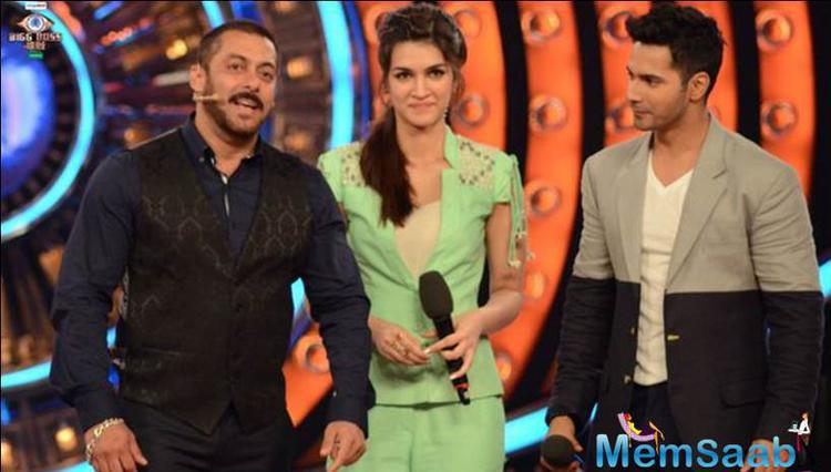 Varun And Kriti Spotted At Salman's Show For MENJ Song Promotion