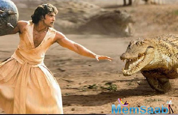 Hrithik Romance With Pooja Hegde In His Next Mohenjo Daro