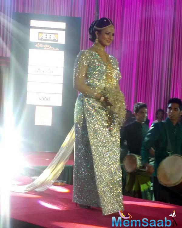 The Actress Divyanka Tripathi Walked The Ramp In Colombo Dressed In Bridal Finery