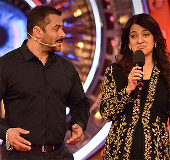 In Big Boss show Juhi Chawla is jokingly offered a role to play Khan's mother in a film