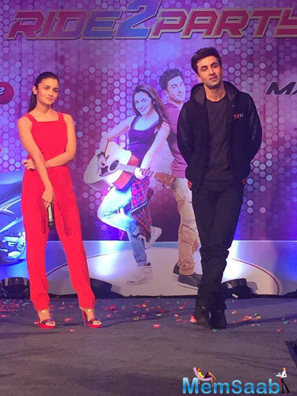 Ranbir Said To The Press Skin,Height And Talent Makes Alia Awesome