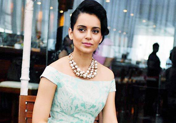 Bollywood actess Kangana Ranaut is being admired a lot for her performance in film like Queen,Tanu Weds Manu Returns
