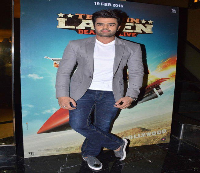 Manish Paul Plays A Director Role In Tere Bin Laden Dead or Alive