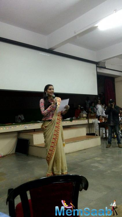 Sonam Kapoor also promotes her movie at school, which is based on the life span of air hostess Neerja Bhanot