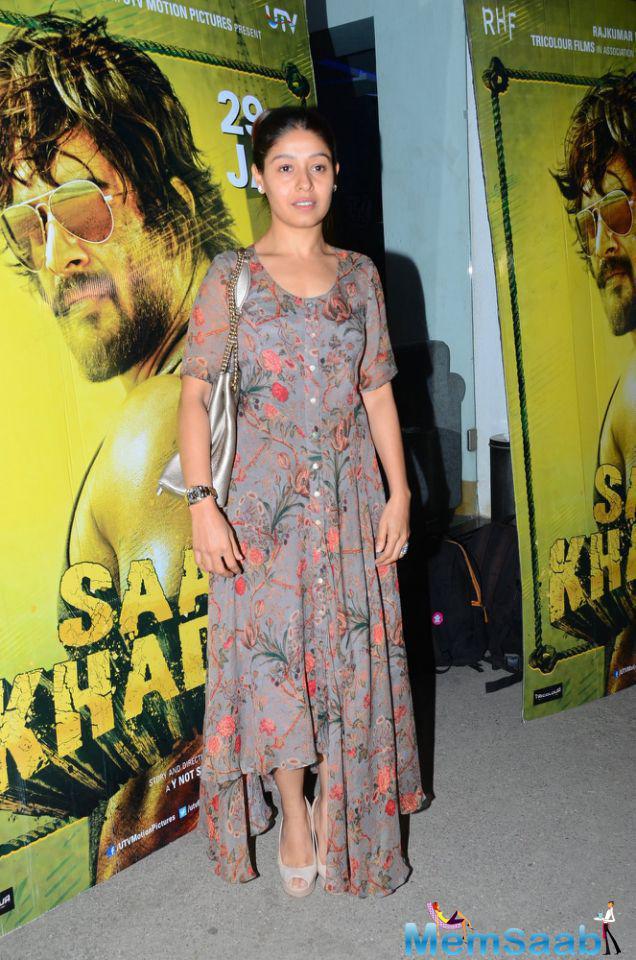 Sunidhi Chauhan looked pretty at the special screening of film Saala Khadoos