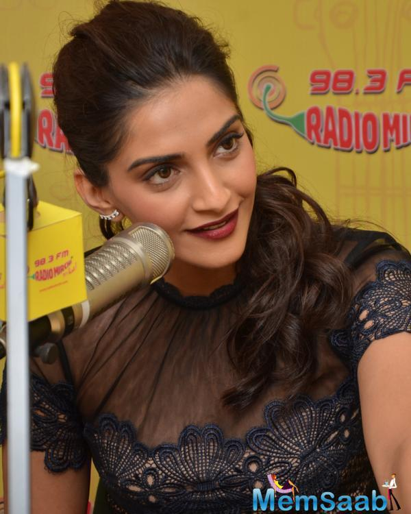 Sonam Kapoor at 98.3 FM for Neerja promotion