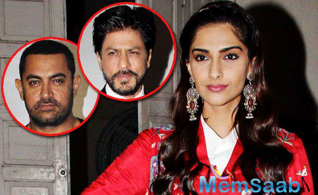 Sonam Kapoor feels such negative criticism have only made Shah Rukh Khan and Aamir Khan afraid in expressing their opinions freely