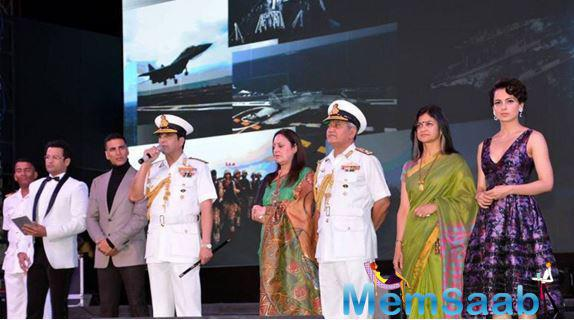 Akshay Kumar participated in the opening ceremony at INS Sathavahana Stadium and was photographed posing for pictures with Defence Minister Manohar Parrikar and actress Kangana Ranaut.