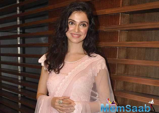 As per the report Yaariyan director Divya Khosla Kumar said , her new directorial 'Sanam Re has many elements which she has taken from her personal life.
