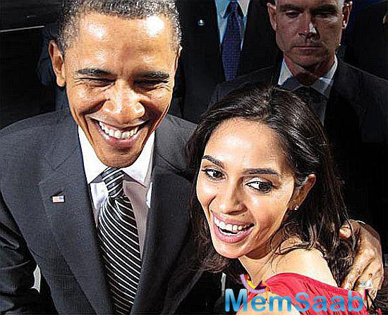 The 39-year-old  actor Mallika Sherawat  tweeted a selfie of herself with Obama, and they are all smiles for the camera.
