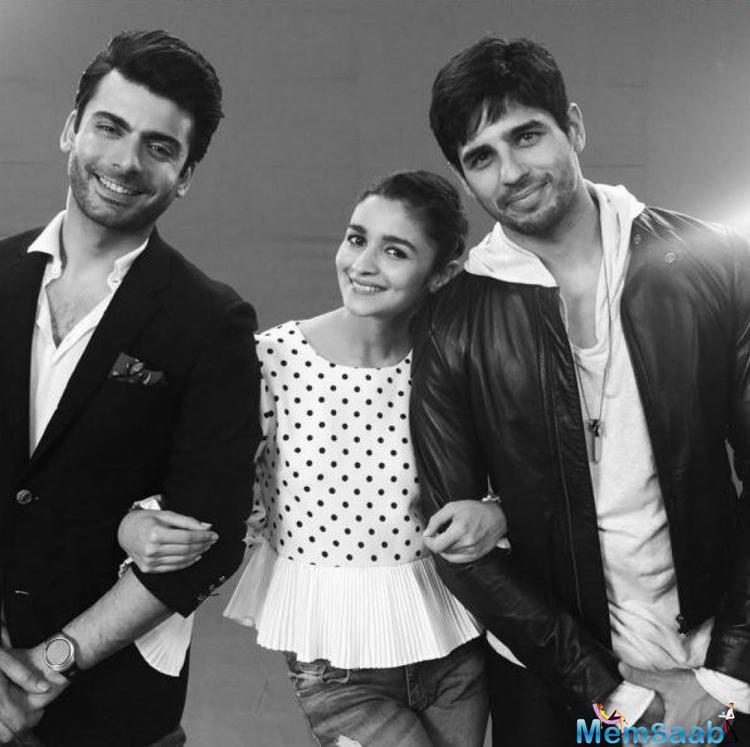 Star Alia Bhatt enters the actor plays the love interest of the Kapoor brothers, or so the trailer reveals. The love triangle which involves Sidharth, Alia and Fawad is the fulcrum of Kapoor And Sons.