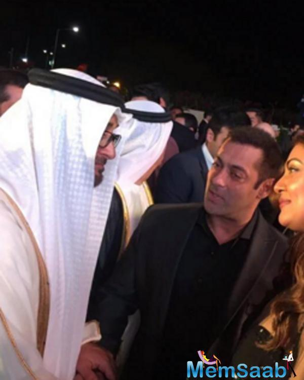 Bollywood old buddies Salman Khan and Sushmita Sen recently attended a dinner hosted by none other than the crown prince of Dubai Mohamed Bin Zayed Al Nahyan