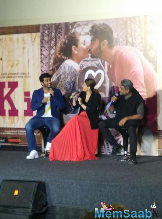 Kareena spoke about the film, 'Everyone is shocked because it's a very new concept. This is such a brave script. Arjun doing this role is the bravest decision as not many men have the confidence to wear an apron'.