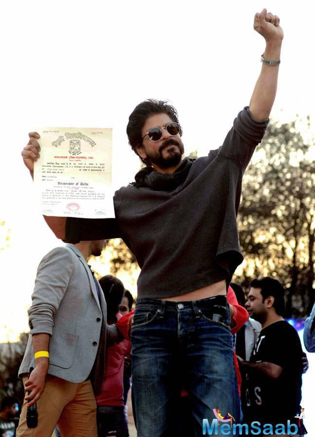 It's been 28 years since Shah Rukh Khan graduated from Hansraj College in Delhi University and the 50-year-old star recently returned to his alma mater to promote film Fan.