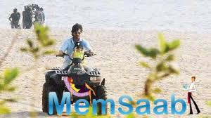 SRK don't miss to spend some peaceful time with AbRam, after finishing his work for a day, SRK go Quad bike riding with his son in Goa, AbRam comfortably seated in front and  SRK riding the bike.